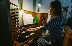 Organist in Chapel at University College Oxford