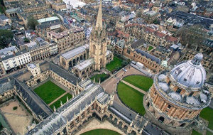 Button link to website Oxford University competitions