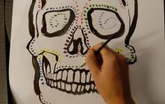 Univ Bar Skulls 04