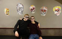 Univ Bar Skulls 07