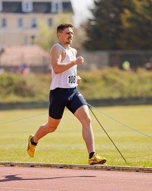 Sam Brown Araujo running on track